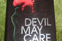 007 Devil May Care book (1)