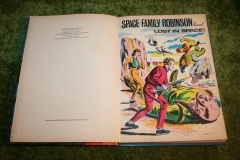 Space Family Robinson lost in space annual (4)