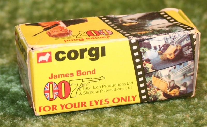 007 citroen corgi jr (5)