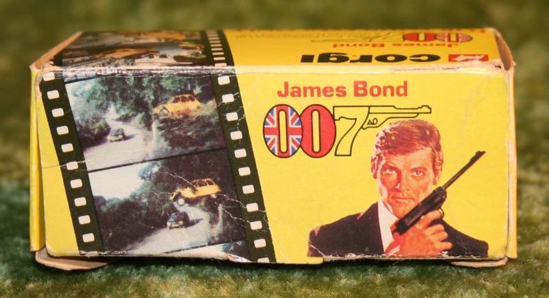 007 citroen corgi jr (6)