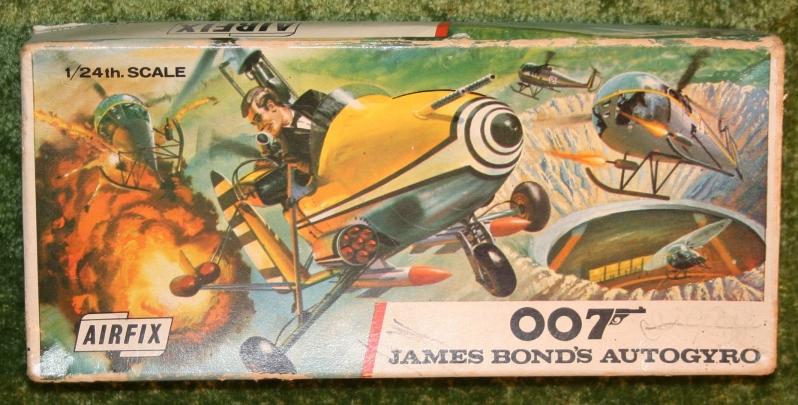 007-airfix-little-nellie-18