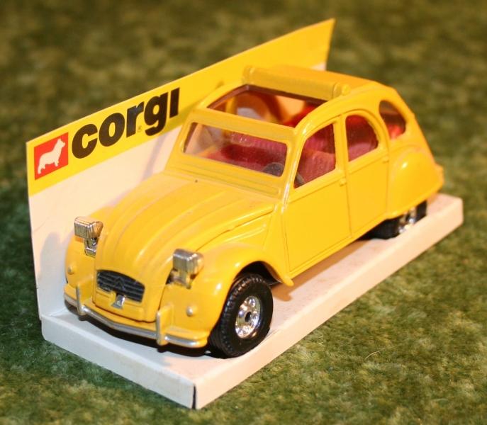 007 citroen 2cv corgi toys large (5)