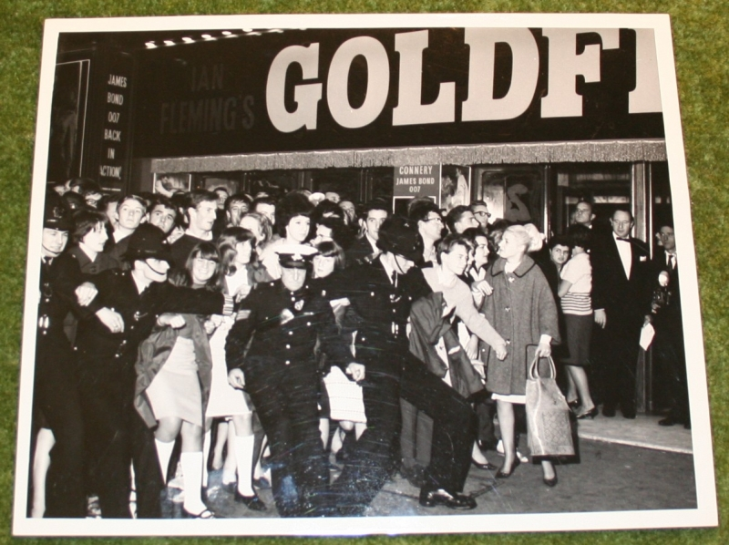 007 goldfinger premier press photo