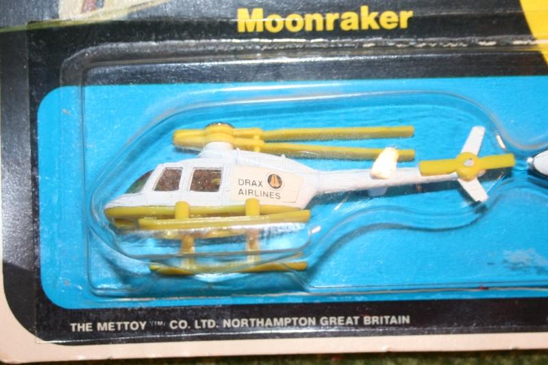007 moonraker twin pack (3)