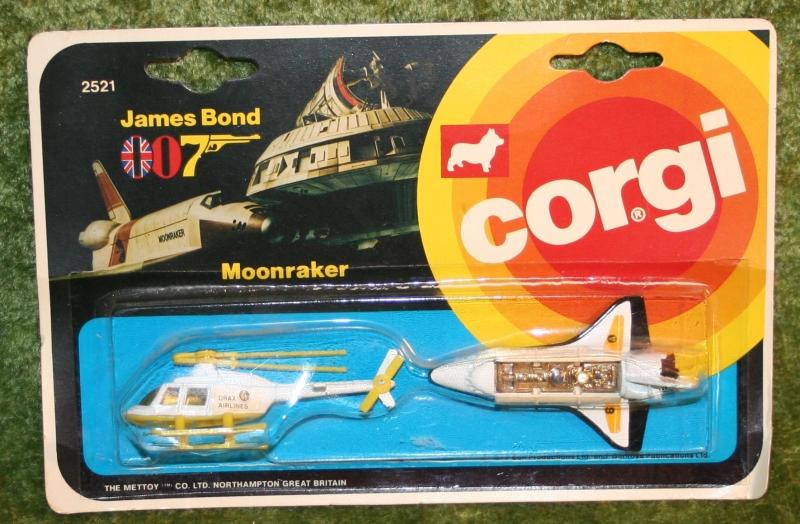 007 moonraker twin pack