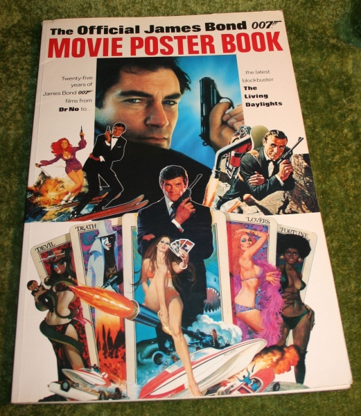 007-poster-book