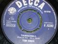 007-thunderball-single-3