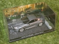 007 Casino Royal magazine aston martin model (3)