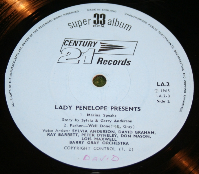lady-penelope-presents-lp-5