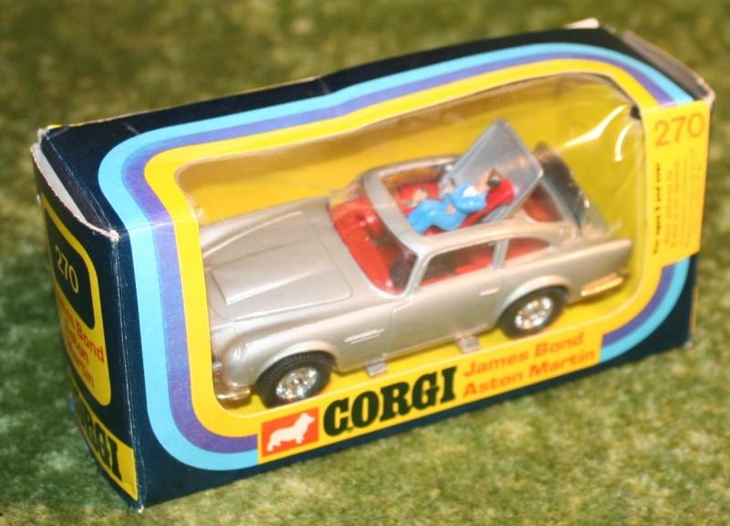 007 aston silver corgo 270 (2)
