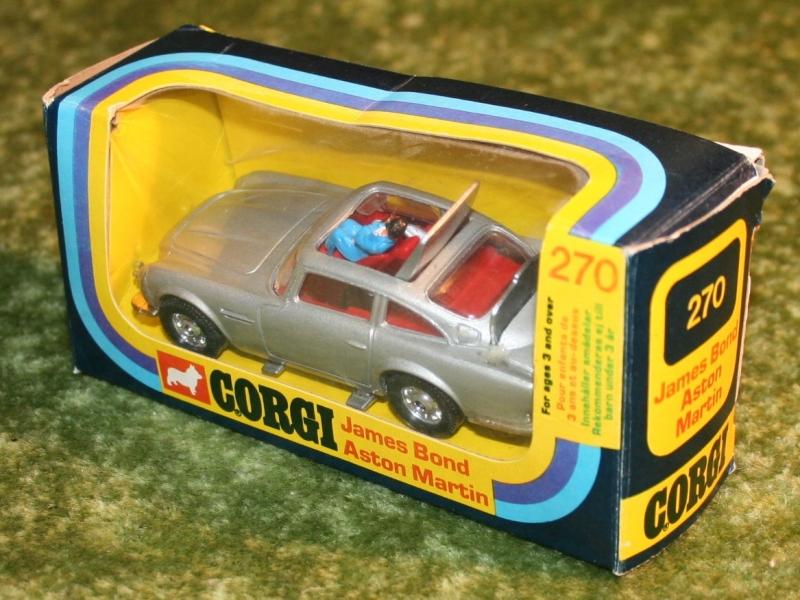 007 aston silver corgo 270 (3)
