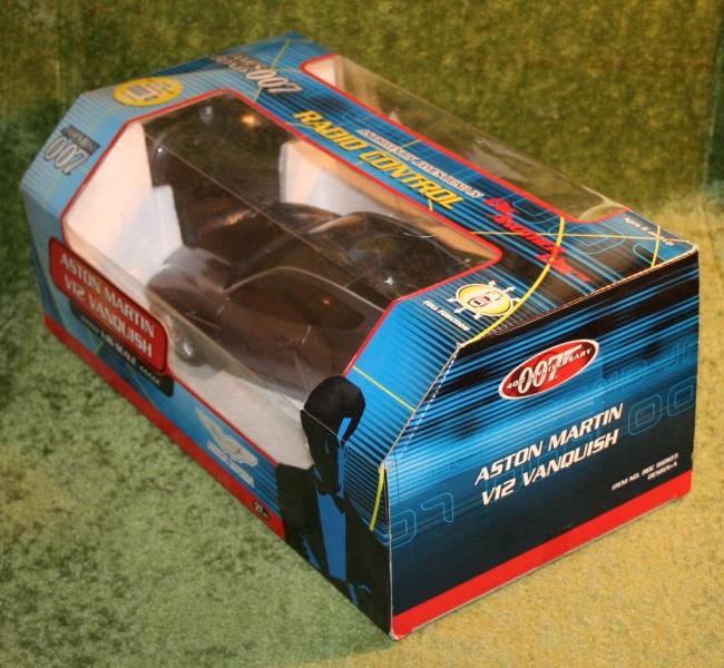 dad radio control aston (6)