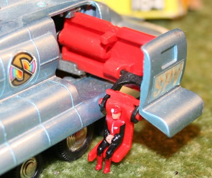 Capt S Dinky toys SPV variations (4)
