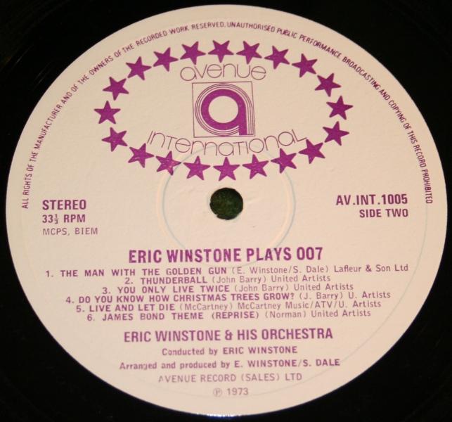 Eric Winston plays 007 (5)