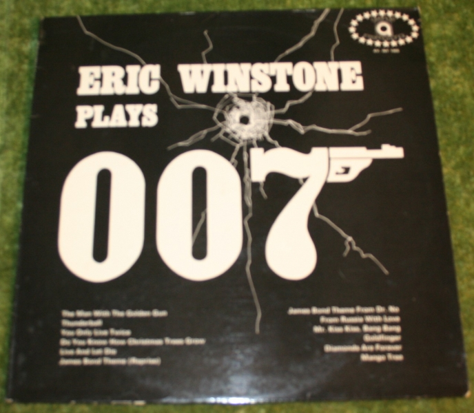 Eric Winston plays 007