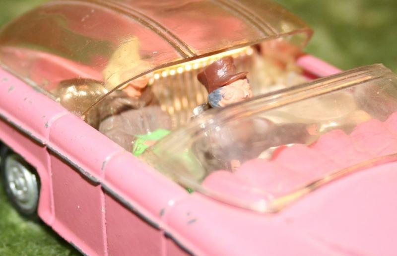 FAB 1 Dinky toys 1 (4)