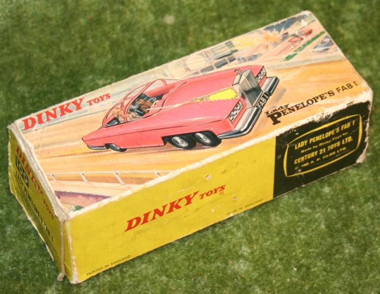 thunderbirds FAB 1 Dinky toys boxed (3)