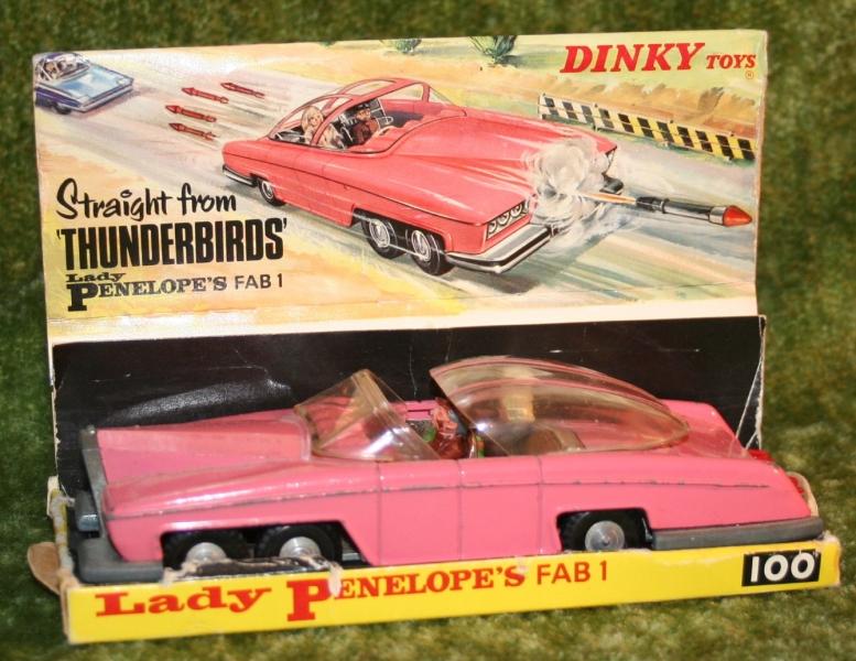 thunderbirds FAB 1 Dinky toys boxed (4)