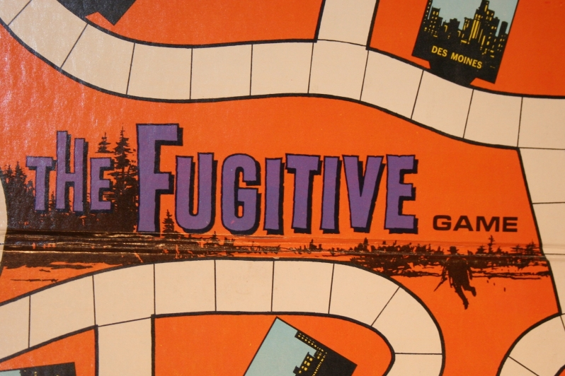 fugitive-board-game-6