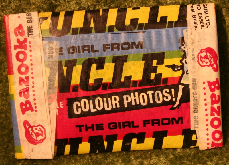 girl-from-uncle-gum-pack-2