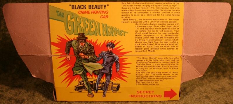 green-hornet-corgi-13
