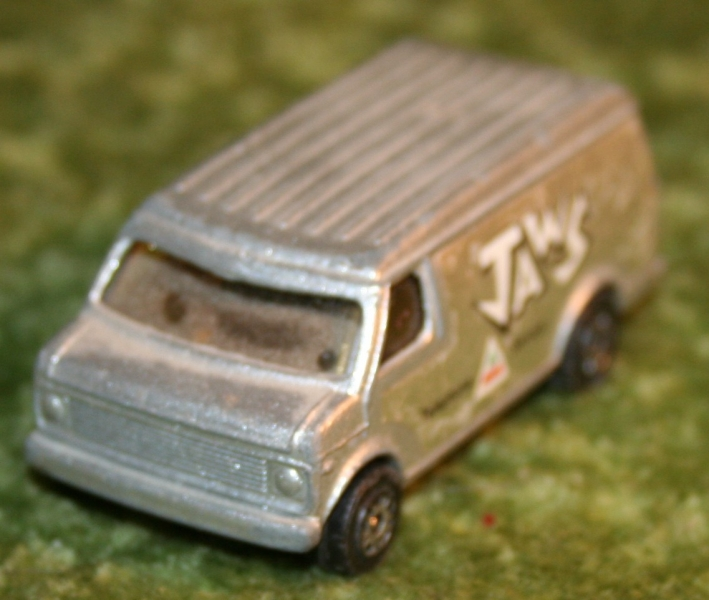 007 SWLM Jaws phone van (2)