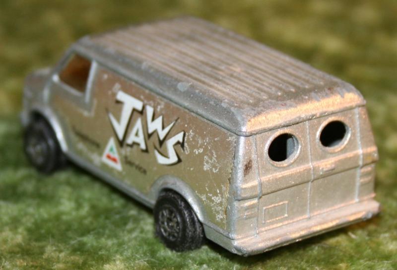 007 SWLM Jaws phone van (7)