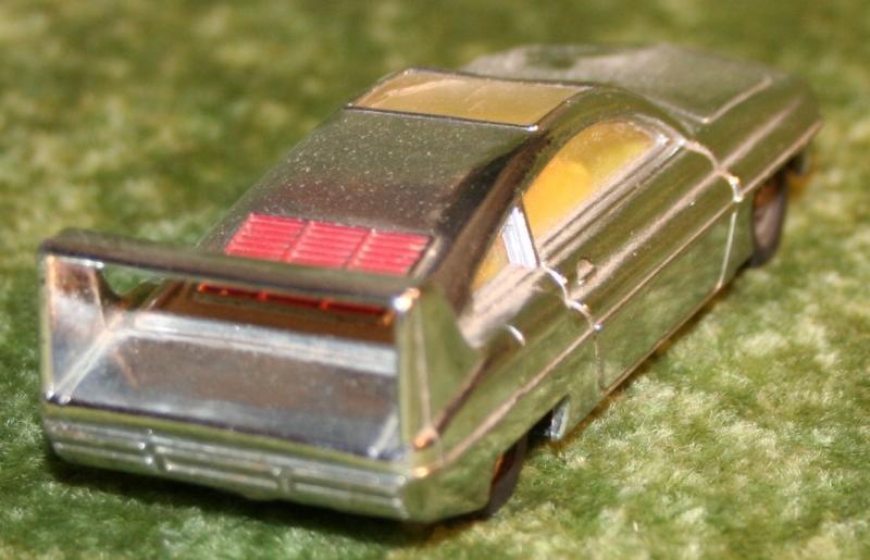 joe 90 silver sams car (4)