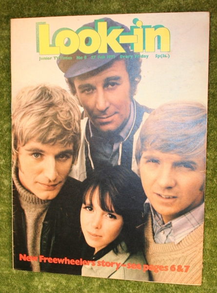 look-in-1971-no-8