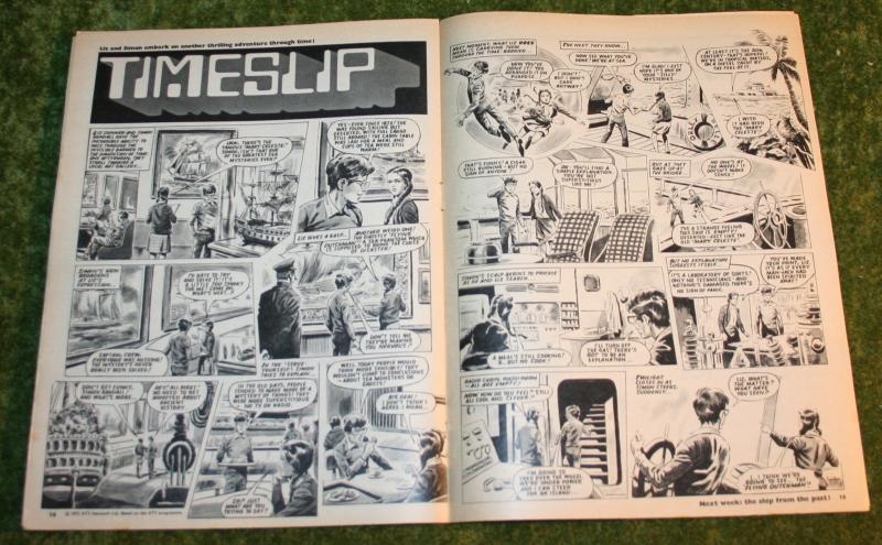 Look In 1972 no 10 (9)