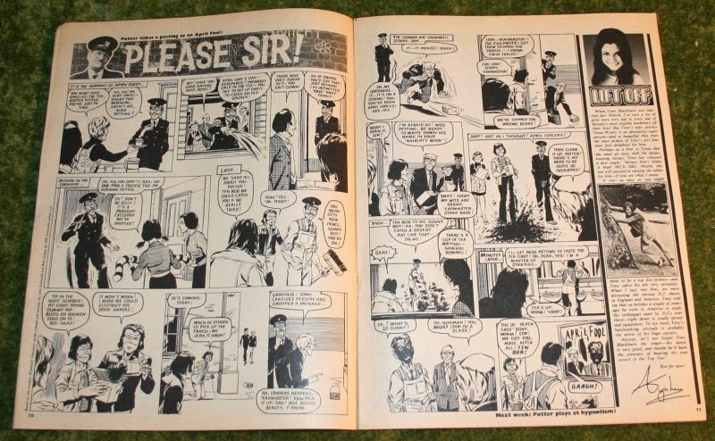 Look in 1972 no 14 (4)