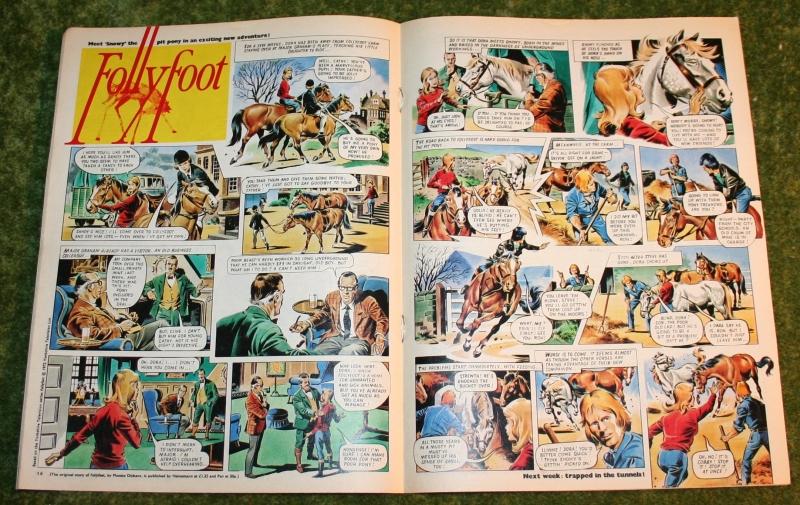 Look in 1972 no 14 (5)