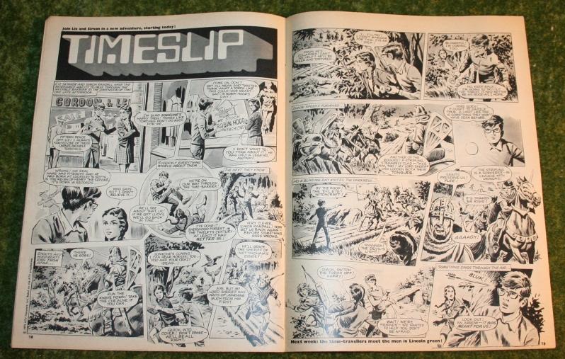 Look in 1972 no 14 (7)