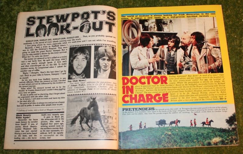 Look in 1972 no 15 (3)