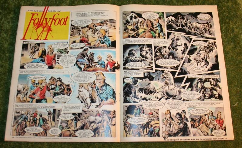 Look in 1972 no 18 (9)