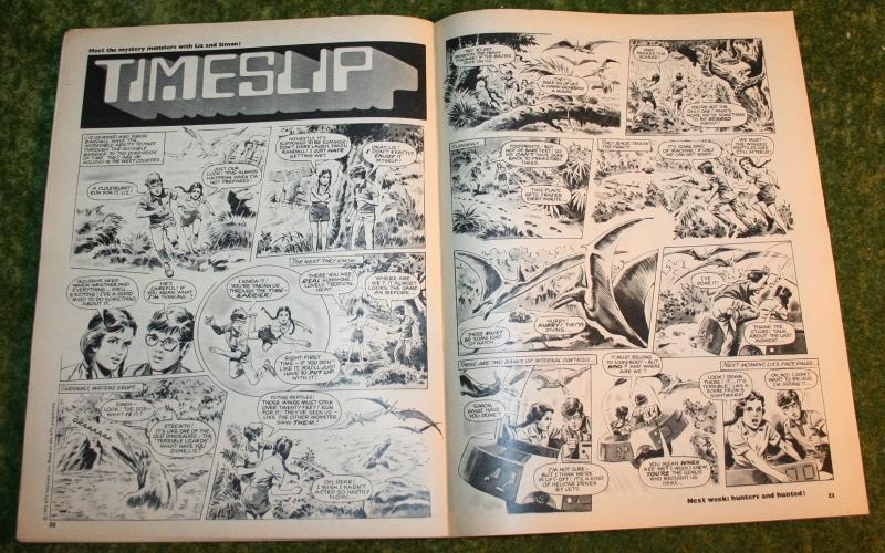 Look in 1972 no 27 (8)