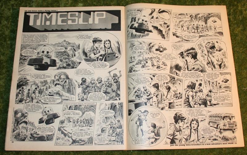 Look in 1972 no 30 (7)