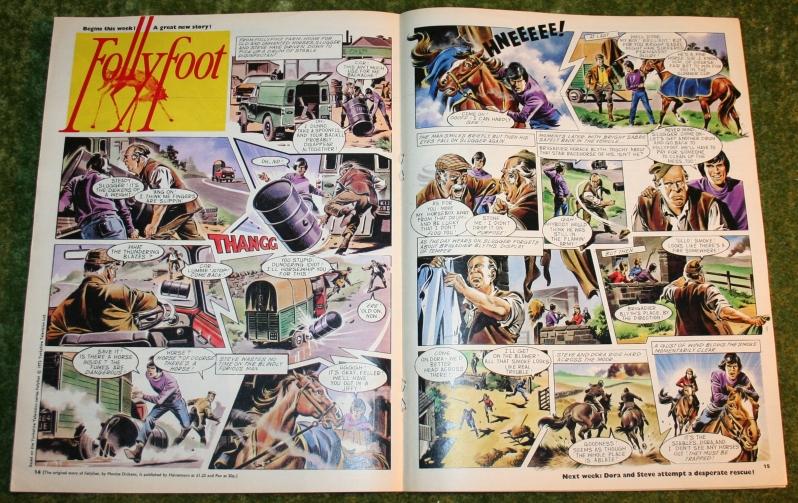 Look in 1972 no 33 (7)