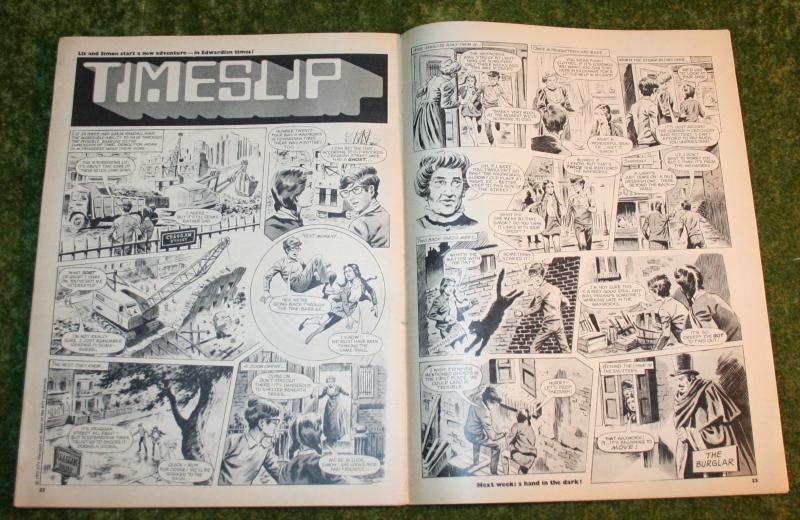look in 1972 no 37 (7)
