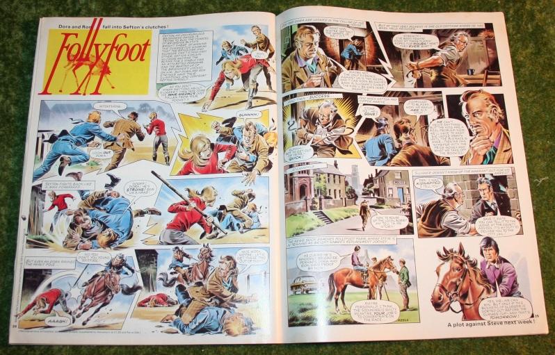look in 1972 no 39 (10)