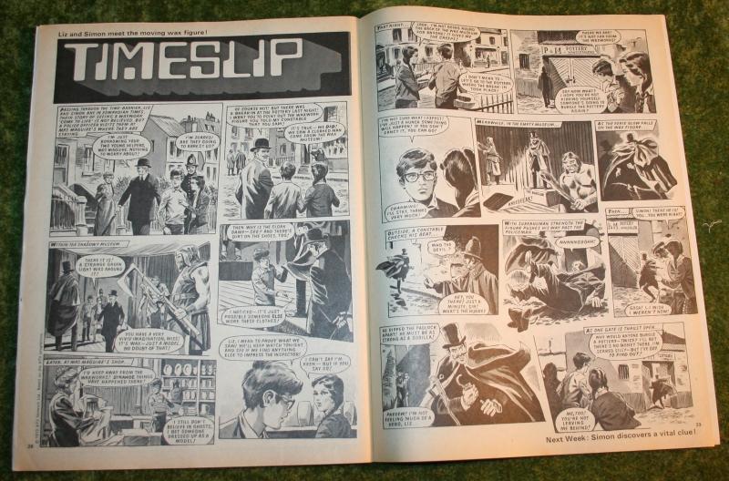 look in 1972 no 39 (11)