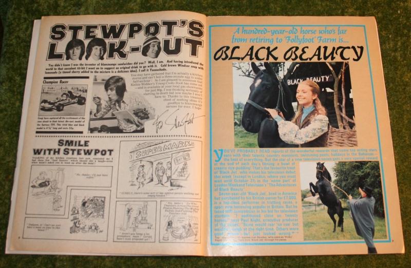 look in 1972 no 39 (3)