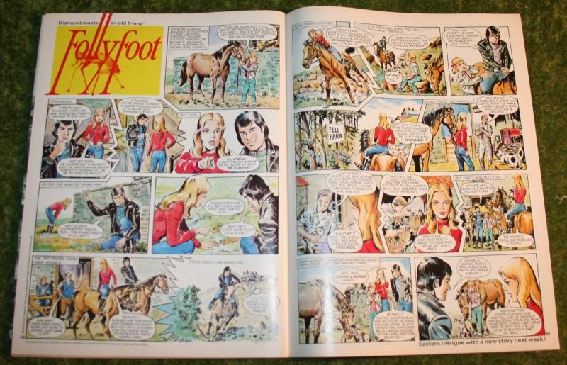 Look in 1972 no 44 (6)