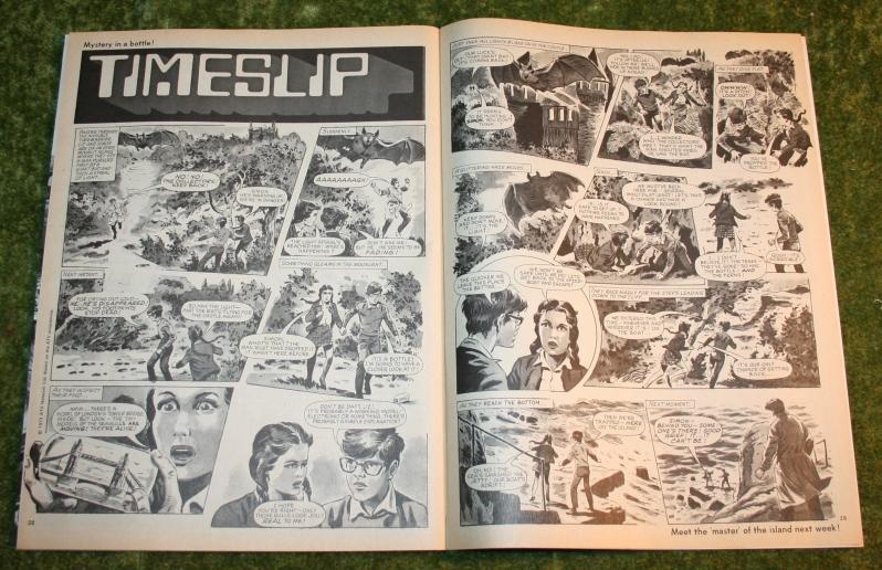 Look in 1972 no 44 (7)