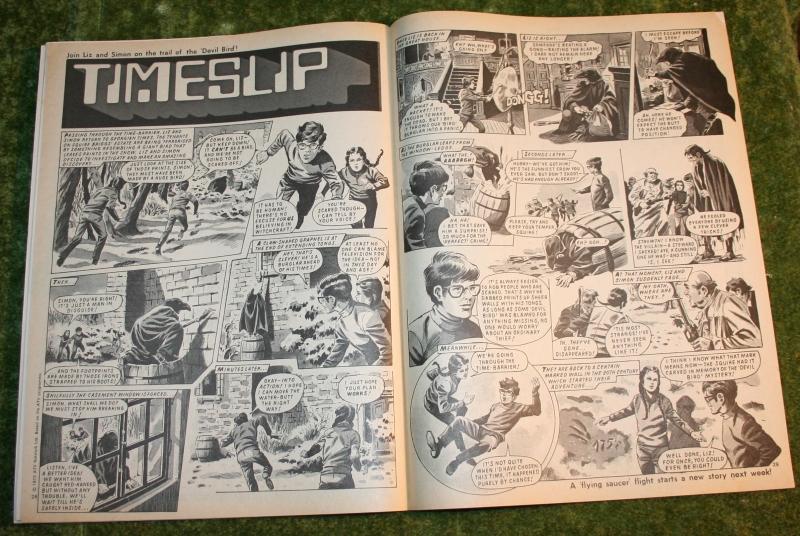 look in 1972 no 48 (8)