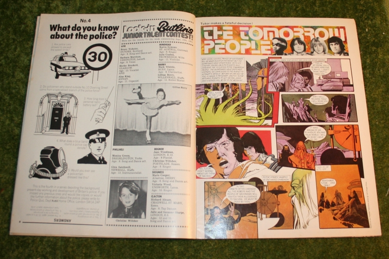 look in 1973 no 44 (3)