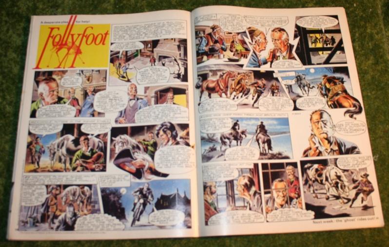 look in 1973 no 9 (5)