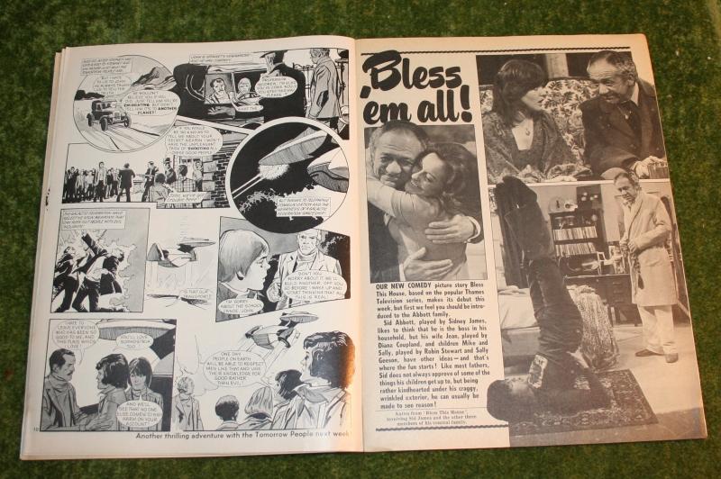 Look in 1974 no 1 (dec 73) (4)