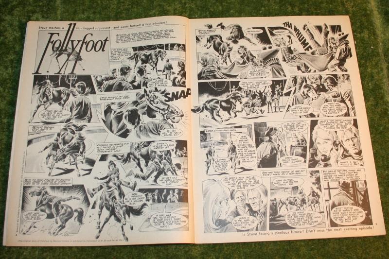 look in 1974 no 11 (3)