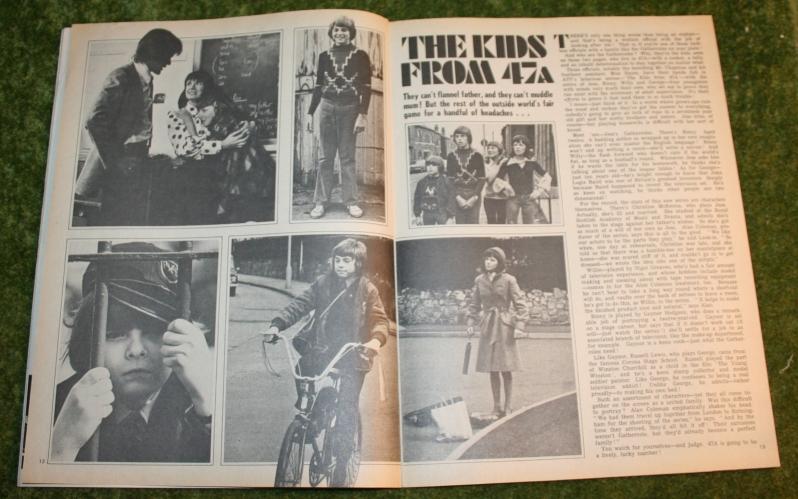 look in 1974 no 4 (5)
